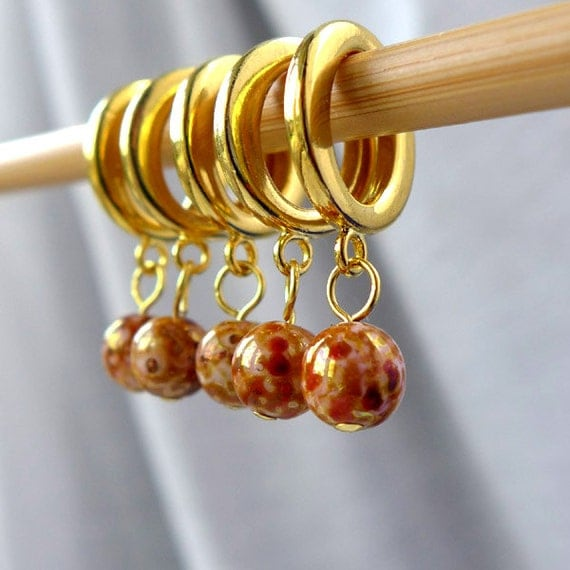 SALE - The Leopard King - Five Handmade Stitch Markers - 8.0mm (11 US) / 10.0mm (15 US) - Last Sets