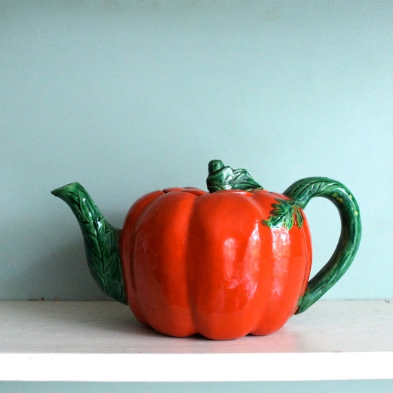 Cherry Red Tomato Teapot cute for your Fall Kitchen Decor