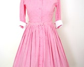 French Vintage 1950s pink gingham bardot pleated circle shirt dress with peter pan collar and 3/4 sleeves - small S