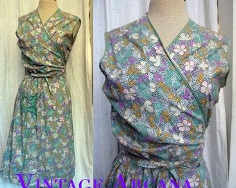 Fab vintage 1940s Flower Print Cotton Wrap Dress