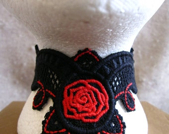 Comics Inspired Lace Choker in Black and Red