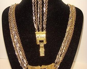 Vintage 1960s 1970s Celebrity NY Buckle Necklace and Bracelet Set