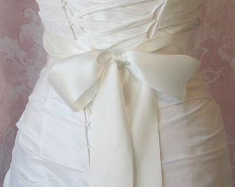Double Face Pale Ivory Satin Ribbon, 2.25 Inch Wide, Off White, Diamond White, Ribbon Sash, Bridal Sash, Wedding Belt, 4 Yards