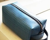 Vintage GTO Dopp Kit, Made of 1960s Blue Houndsthooth American Car Vinyl, Shave Kit