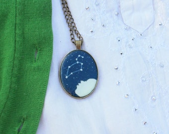 LEO Zodiac Constellation pendant- Handcrafted Resin cast - Original Art