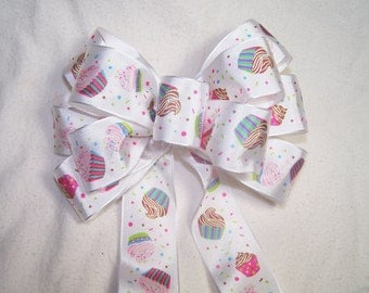Cupcakes Birthday Gift Bow for a Celebration, Gift or Decoration for Party