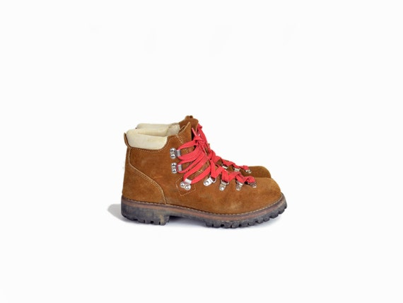 Brilliant Womens VASQUE Size 65 Brown Hard Leather Red Laces Vibram Boots