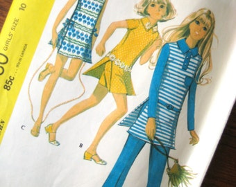 Vintage Sewing Pattern - Girls Dress with Shorts or Pants - McCalls 2780 - Girls Size 10 - 1971 Girls Tunic with Shorts - Girls Pants