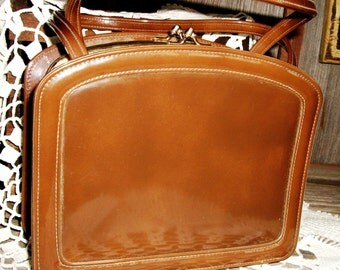 Vintage Brown PATENT LEATHER PURSE/Handbag, New/Old Stock Double Pockets, Double Kiss Clasps, 2 Handled Bag, Pure Classic Fashion