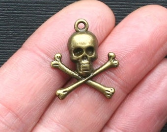 10 Skull and Crossbones Charms Antique Bronze Tone - BC858