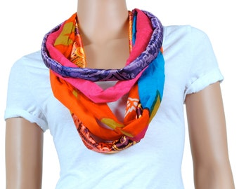Scarf - Infinity Scarf - Womens Chunky Bright Floral Print Scarf