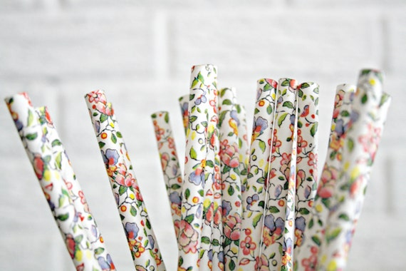 25 floral paper straws ... choose your color // baby bridal shower decorations // candy dessert buffet table // wedding party decor