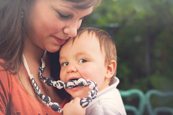Teething Necklace in Charcoal Gray Floral