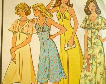 Vintage Summer Dress Pattern Shaped Neckline and Flutter Sleeves 1970s McCall's 4534 Bust 31-1/2