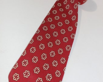 vintage 30's - 40's Men's -Shawnee- Neck tie. Floral Medallion - Foulard Silk. Old Brick Red