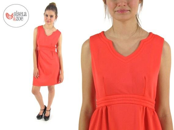 1960s Dress / Vintage 60s Mod Dress / Coral Dress / sm / md