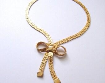 Bow tie Necklace : Gold Tux gold tone bow tie bowtie necklace