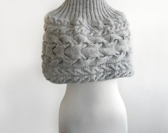 Dove grey hand knitted shrug-  Gift Ideas. Set of shrug and hat, knitted by hand.Capelete and hat in light grey