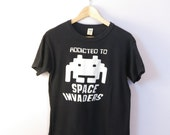 20 Percent Fall Sale///ADDICTED TO SPACE Invaders 1980's Sci Fi Video Game Atari Cotton T Shirt Size Medium