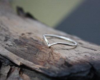 Skinny Chevron Ring - Silver Chevron Ring - Argentium Silver Jewelry - Chevron Stacking Ring - Hypoallergenic - Pointy Arrow Ring - V Ring
