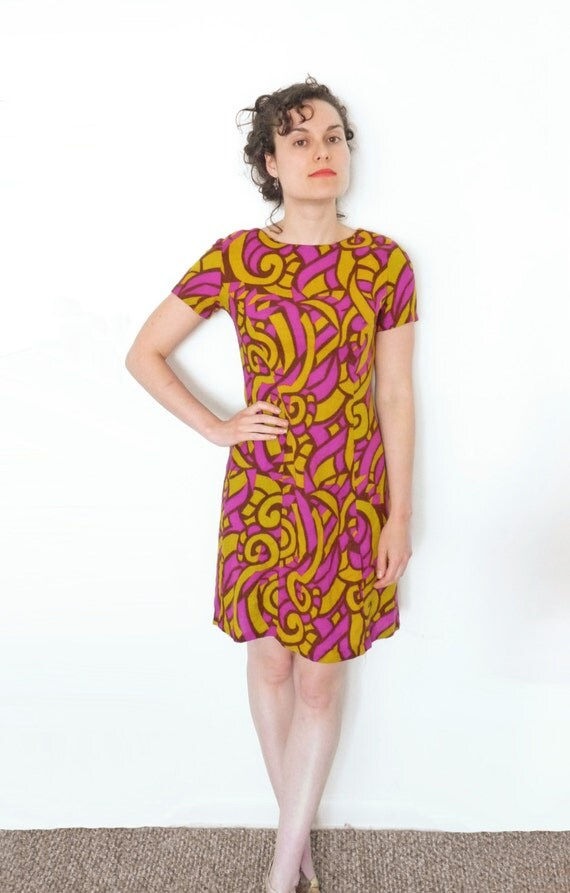 1960s PSYCHEDELIC Dress / Handmade Chartreuse / Fuchsia / Size Small