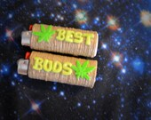 Best Buds Marijuana Leaf Friendship Lighter Cover Set