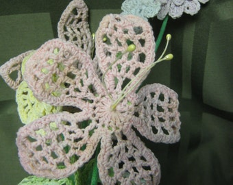 Vintage crochet vase and crochet flower arrangements - very 70's cute