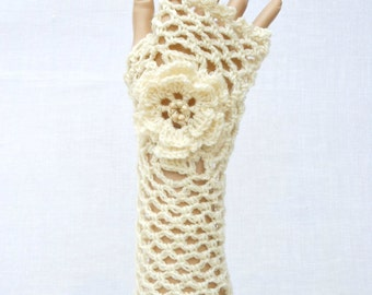 Irish Lace Crochet Fingerless Gloves Hand Warmers Merino Wool Soft Romantic Vintage Style Cream White