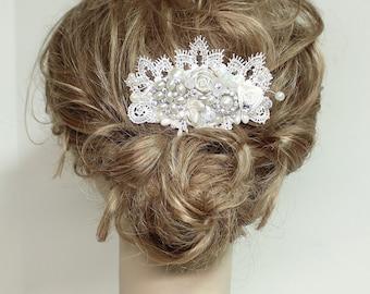 Wedding Hair Accessory- Pearl and Rhinestone Bridal Comb- Bridal Hairpiece- Wedding Hairpiece- Lace Bridal Comb- Hair Accessories- Lace Comb
