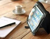Ipad mini leather cover. Ipad mini case. Ipad cover. Ipad leather case. Leather Ipad Mini cover. Ipad bookcase. Ipad accessories. IPAD011