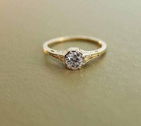 Antique Diamond Engagement Ring 15k Yellow Gold And Diamond