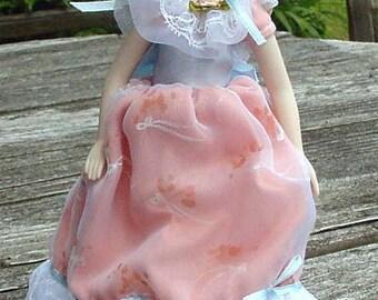 Vintage Porcelain Doll Avon Southern Belle 1988