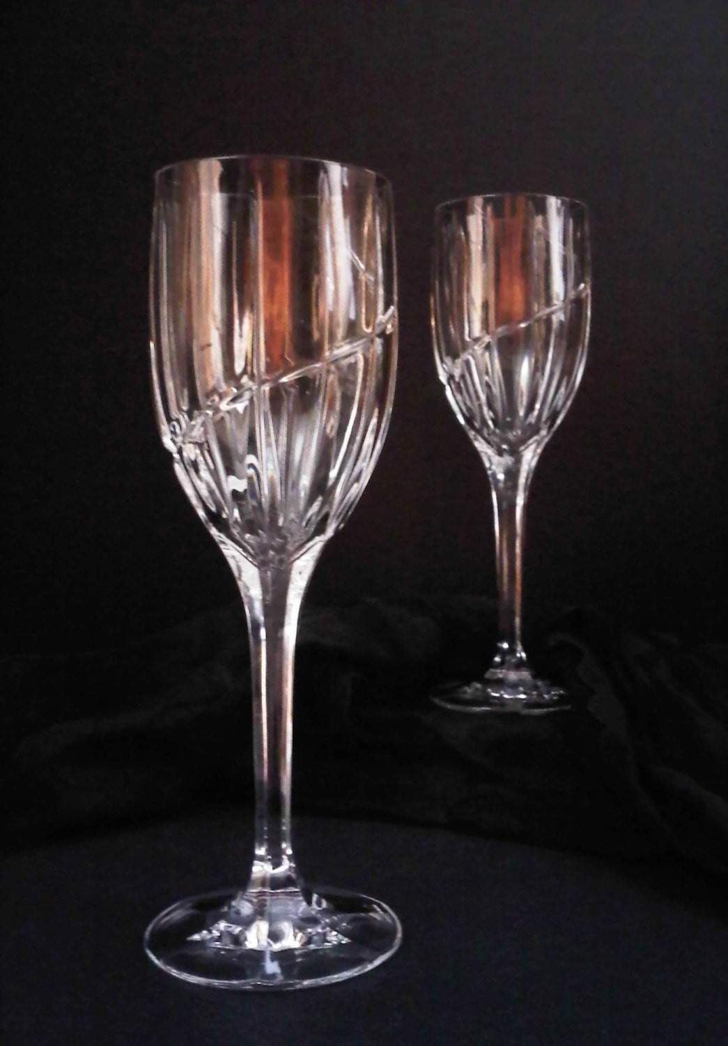 Mikasa Crystal Uptown Pattern Large Wine Water Goblets Pair