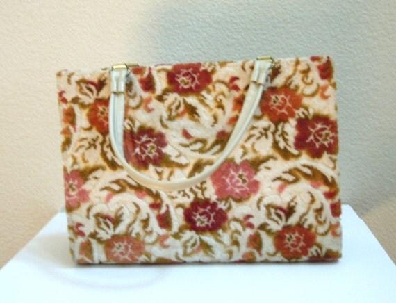 Vintage 60s Beige Floral Chenille Carpet Bag / Multi-Compartments / Large Frame Bag