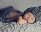 Newborn Boy Baby Bonnet, Charcoal Grey Baby Bonnet, Newborn Photo Prop, Baby Boy Knit Hat, Infant Baby Bonnet, Classic Boy Grey Bonnet