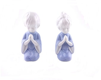 Lefton Porcelain Blue Boy And Girl Praying Figurines Set of 2
