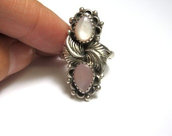 Vintage Ring - Sterling Silver Mother of Pearl Ring - Size 6 - Pink -  Weight 4.8 Grams # 1966