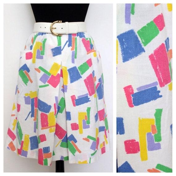 Vintage Skirt / Geometric / White / Rainbow / Pockets / Knee Length Skirt /  Sportswear / 1980s 80s / Womens Clothing / Retro / Summer
