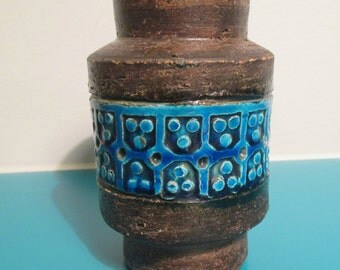 Midcentury Bitossi ceramic vase - by Aldo Londi