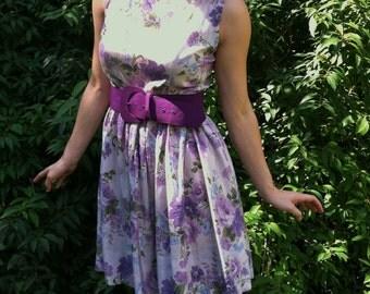 Lovely 50s 60s Purple Flower Dress
