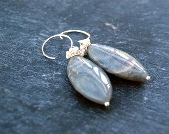 cassiopeia... silver labradorite and pearl earrings / sterling silver, marquis labradorite & pearl