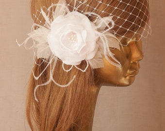 White BIRDCAGE VEIL, Vintage Style Bridal FASCINATOR.