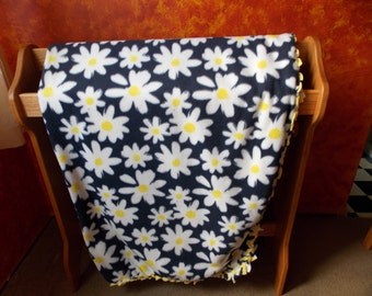 Navy and White Daisy Two Layer Fleece Blanket with Braided Edge