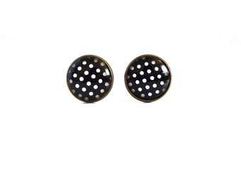 18mm Black White Dot Post Earrings, Black White Polka Dot Earrings Black White Polka Dot Studs Black White Polka Dot Jewelry White Dot Studs