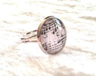 Sheet Music Ring - Sheet Music Jewelry - Musical Notes Ring - Musical Notes Jewelry (Vintage Inspired GRAY - 16mm)
