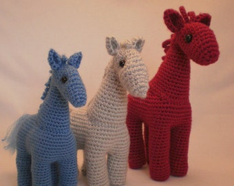 Three horses - decorative toy (perfect for beginners). Crochet pattern (PDF)