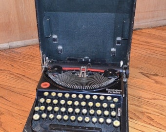 Vintage 1927 Remington Portable Typewriter with carrying case, manufactured May 1927 / American - [Sale]