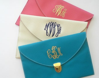 Monogram Clutch Cross Body Purse Detachable Chain Custom Embroidered Monogram Gifts Wedding Favor SALE