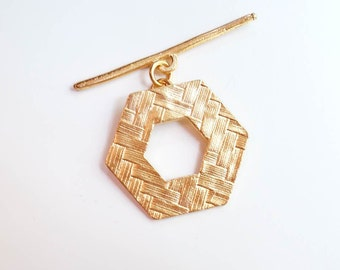 Toggle Clasp, Gold Toggle, Gold Clasp, Jewelry Finding, Basket Weave, Brittanium, Pewter, Pewter Clasp, Pewter Toggle