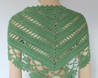 Green Triangle Lace Crochet Scarf Shawl - Chunky Cowl  - Neck Warmer